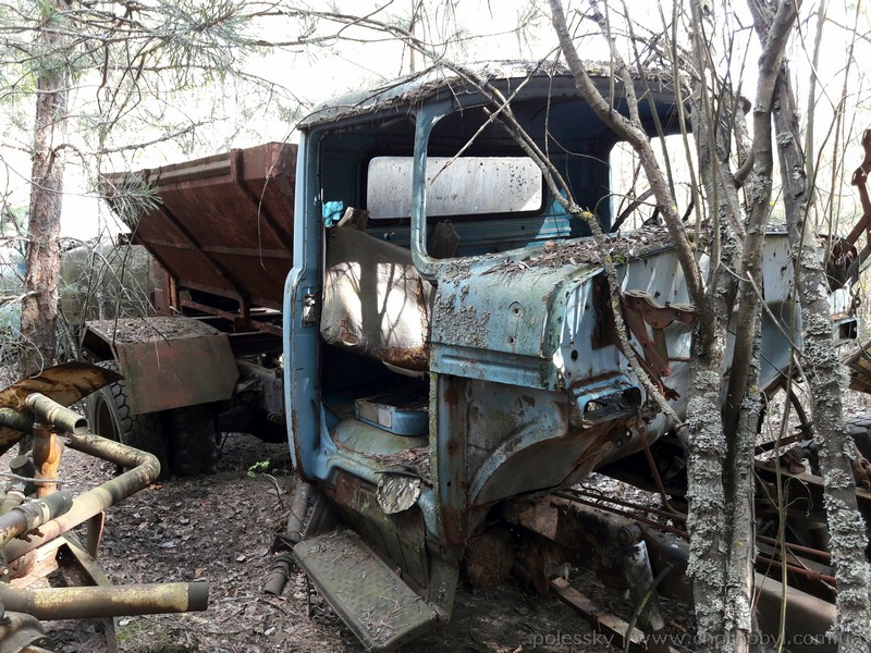 abandoned vehicles of chernobyl