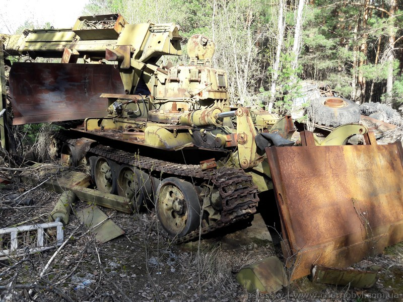 abandoned vehicles chernobyl ukraine