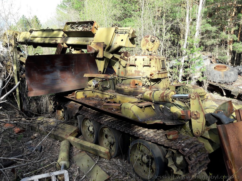 abandoned vehicles chernobyl